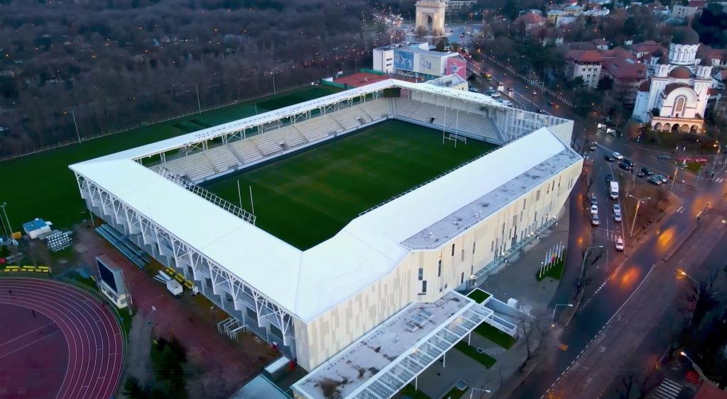 Casin, Arcul de Triumf si stadionul